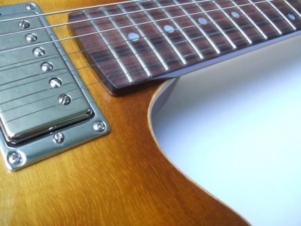Guitarra dise+¦ada y constru+¡da por Galasso Guitars - 115146405232828